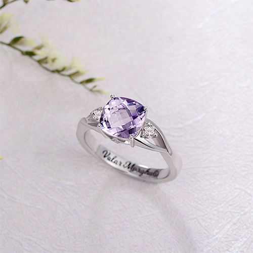 ring with CZs
