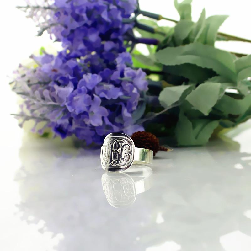 Fancy Script Men's Engraved Monogram Ring Sterling Silver